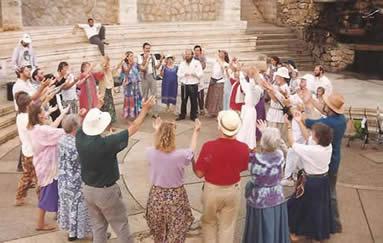 https://www.dancesofuniversalpeace.org/images/israel_000.jpg